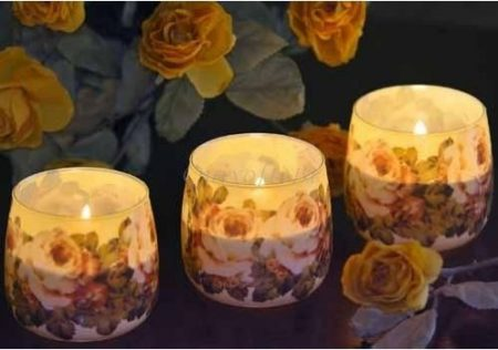 Különleges illatgyertya rózsa illattal