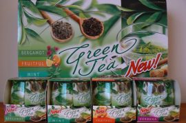 Különleges illatgyertya a zöld tea aromáival ajándék díszdobozzal