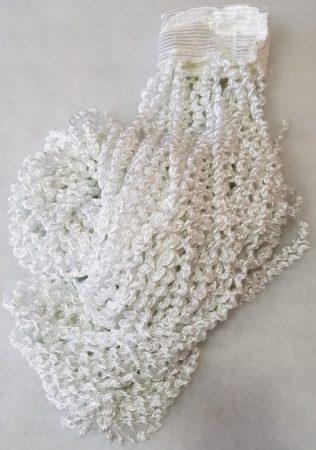 zsenília függönyök fehér színben